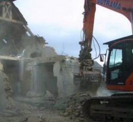 pelleteuse demolition batiment bretagne pince de tri